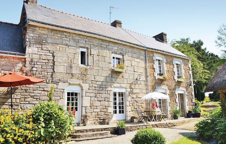Gîte Cremoren 7 personnes Finistère - Piscine