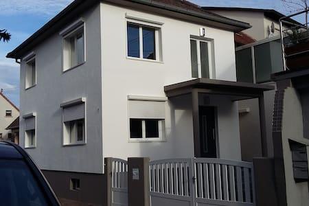 Haus für die Familie im Elsass - Seltz - Talo