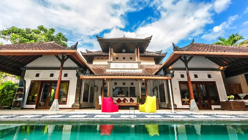 Villa Batubelig BEACH(500m), close to SEMINYAK