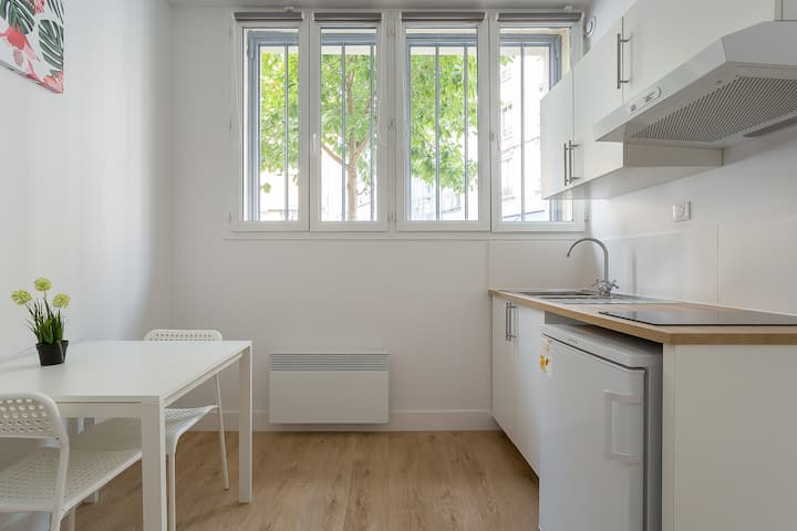 PRO AGENCY - Modern and renovated apartment