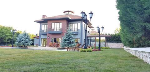Villa Ganja