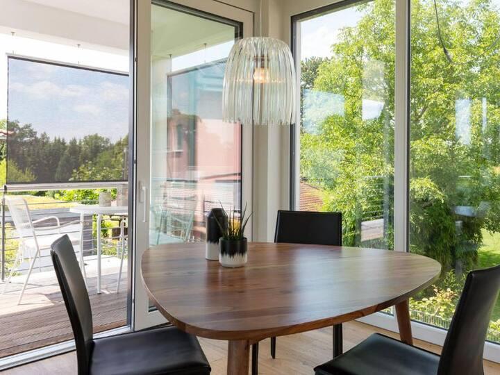 Ferienwohnungen Splendid, (Uhldingen-Mühlhofen), Ferienwohnung mit 60qm im Obergeschoß, 1 Schlafzimmer für max. 2 Personen