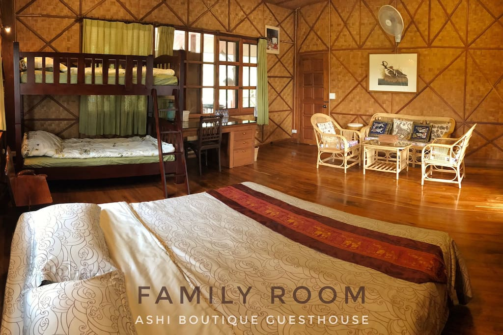 Comfortable and spacious family room for up to 4 persons.