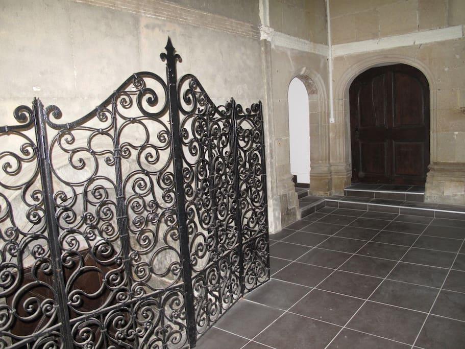 A l'intérieur du hall