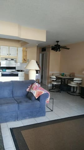 The Landings near Lauderdale by the Sea - Fort Lauderdale - Condo