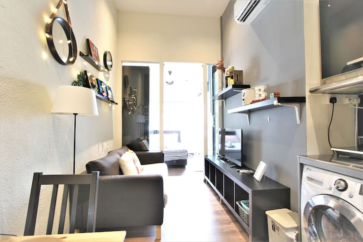 1-BR Cosmopolitan Apartment @ Farrer Park MRT