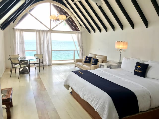 Suite Panama with Panoramic Ocean View