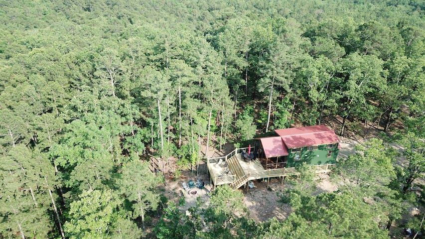 Backdraft Ridge Tiny House Next to Ouachita Forest