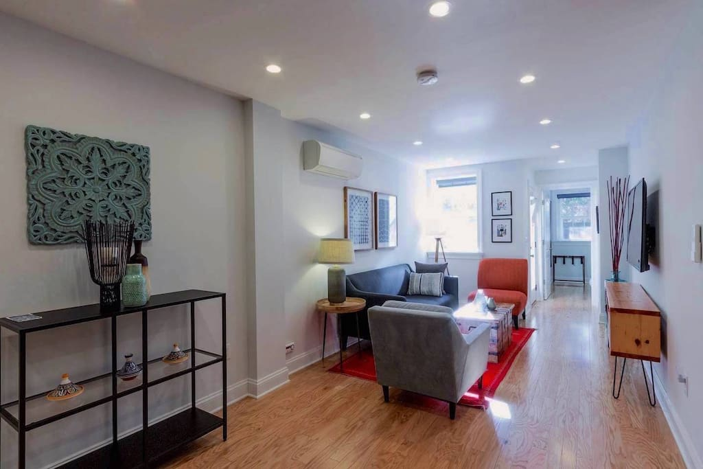 Gorgeous 2 Bedroom Apartment In The Heart Of D C