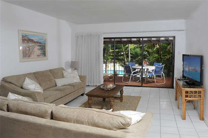 Lacovia Grand Cayman Unit 48