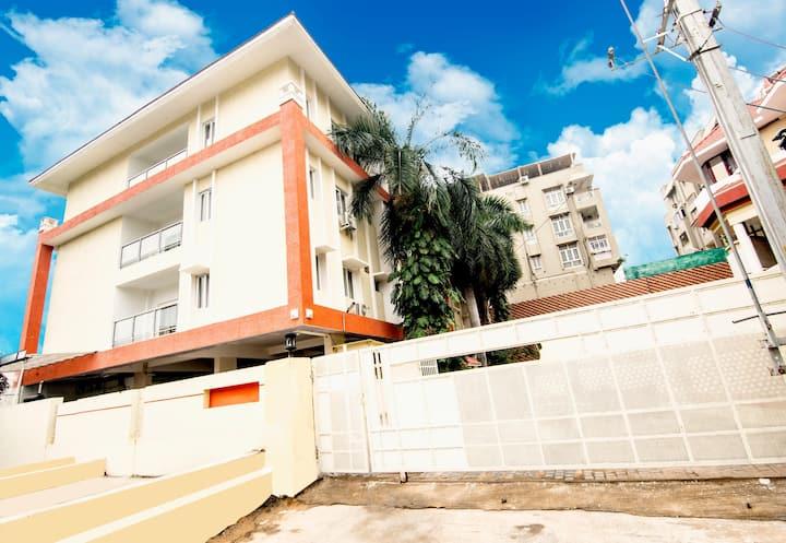 3 BHK Apartments , Banjara Hills Road # 11