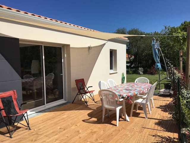 Maison de vacances 400m de la plage houses for rent in - Office de tourisme la plaine sur mer ...