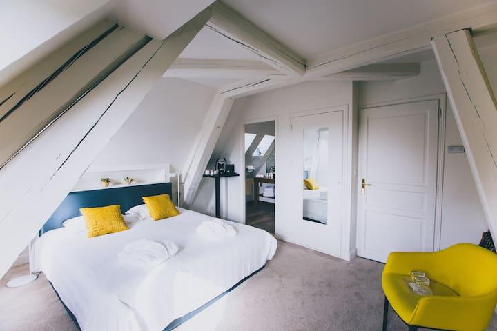 Hôtel Castel de Très Girard - Morey-Saint-Denis - Hotel boutique