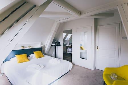Hôtel Castel de Très Girard - Morey-Saint-Denis - ブティックホテル