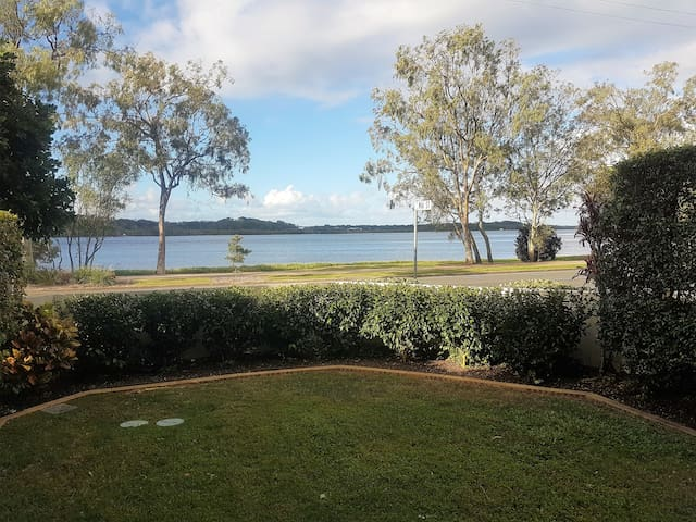 Maroochy Riverfront Apartment