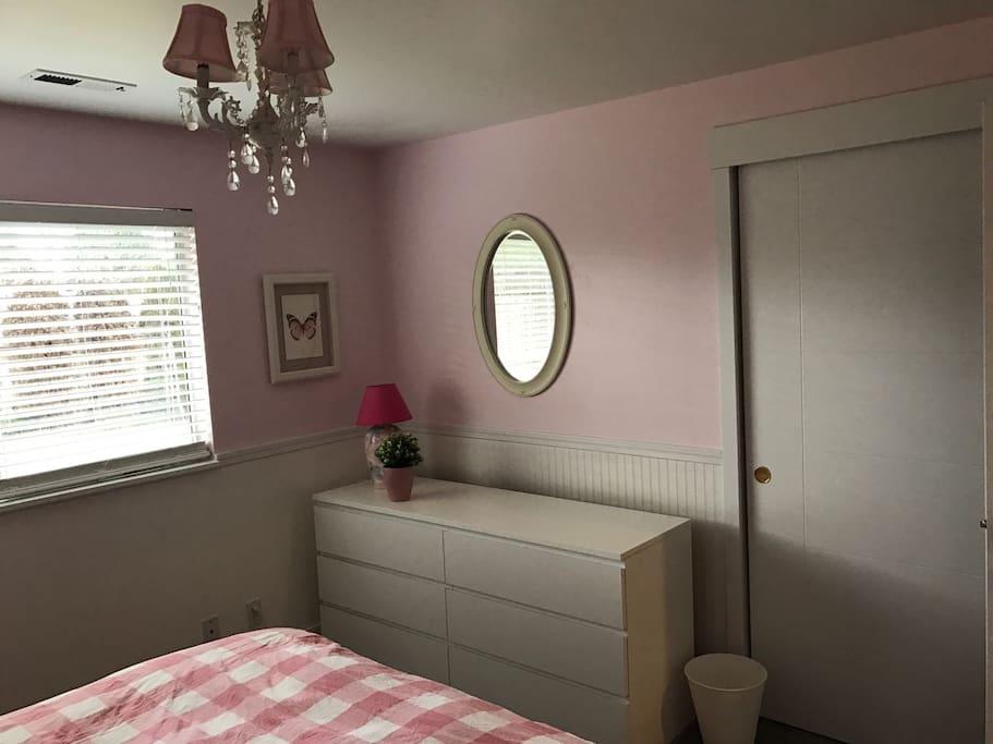 Pink Bedroom b
