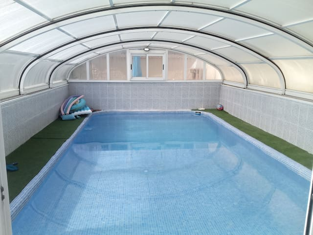 Casa Solar Albir, Private covered pool, gardens,