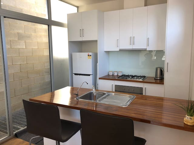 City Central Townhouse Adelaide CBD - Chinatown