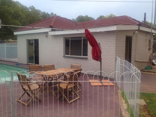 Self sustainable apartment with natural atmosphere - Vanderbijlpark