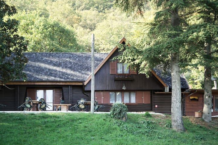 Agriturismo La Cerra - Cottage Matrimoniale