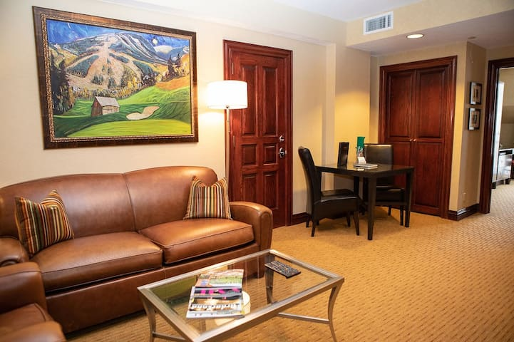 Executive Luxury Suite in the Heart of Beaver Creek Village