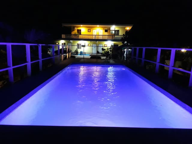 Apartment w/pool across the Mambo Beach &BLV Mall