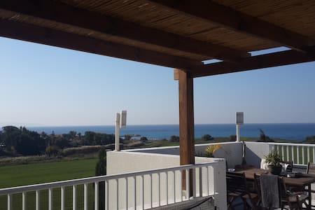 פנטהאוז על הים - Nahariyya - Appartement