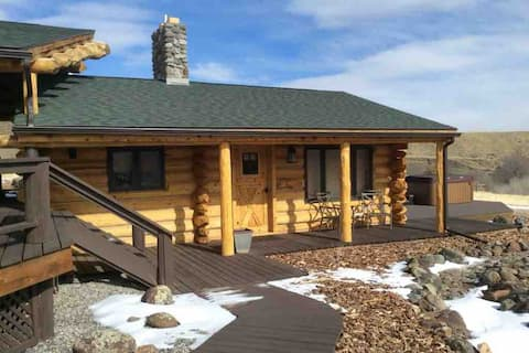 South Fork Mountain Retreat - Wolf Cabin