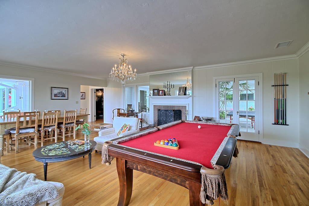Family game room, fireplace, billiards, chess, backgammon, dominos, Large dinning table, this area is accessible to lanai patio area