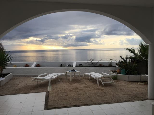 Stunning ocean sunset view from private terrace - Mogan - Wohnung