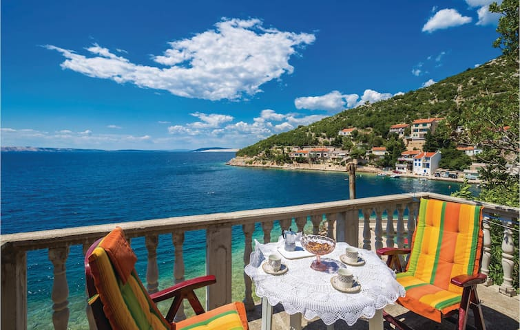 Holiday apartment with 1 bedroom on 36m² in Senj