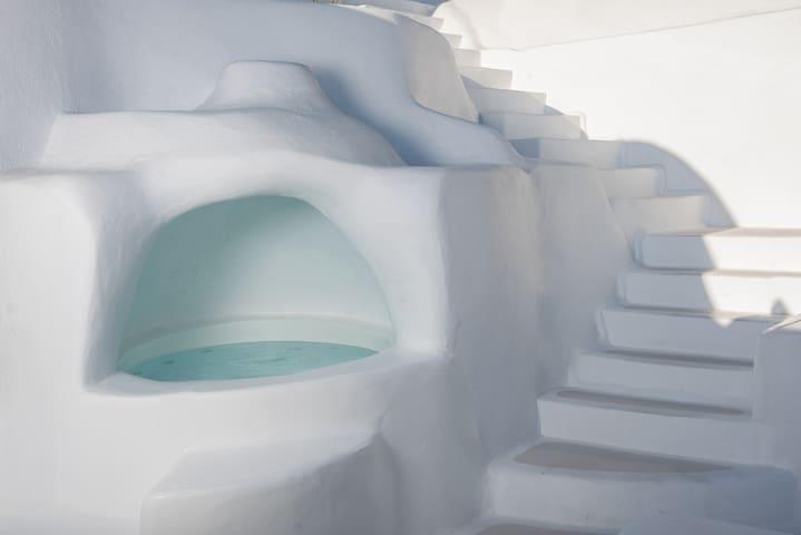 Senior Architect's Cave House
