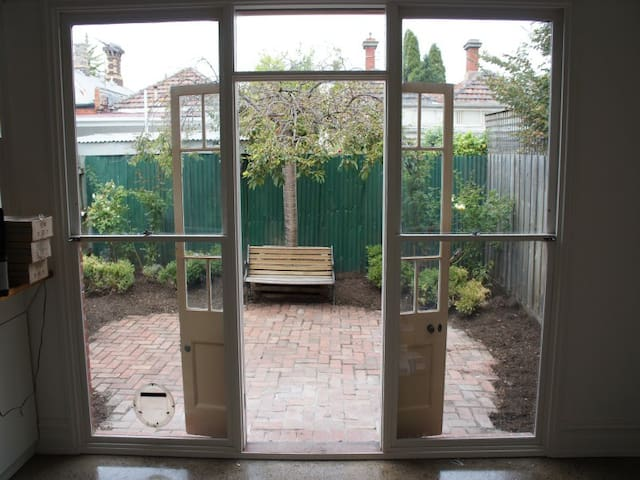 Lovely terrace house in Clifton Hill - Clifton Hill - Huis