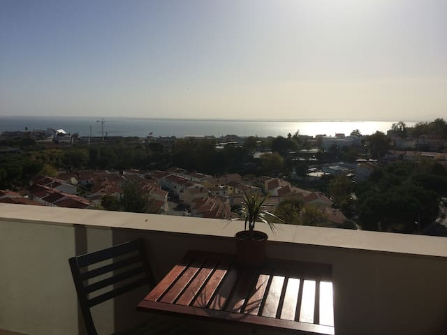 Private Room in Beautiful Apartment in Marvila