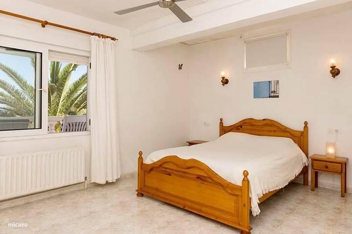 Master bedroom has new bed (not in photo) and en-suite bathroom