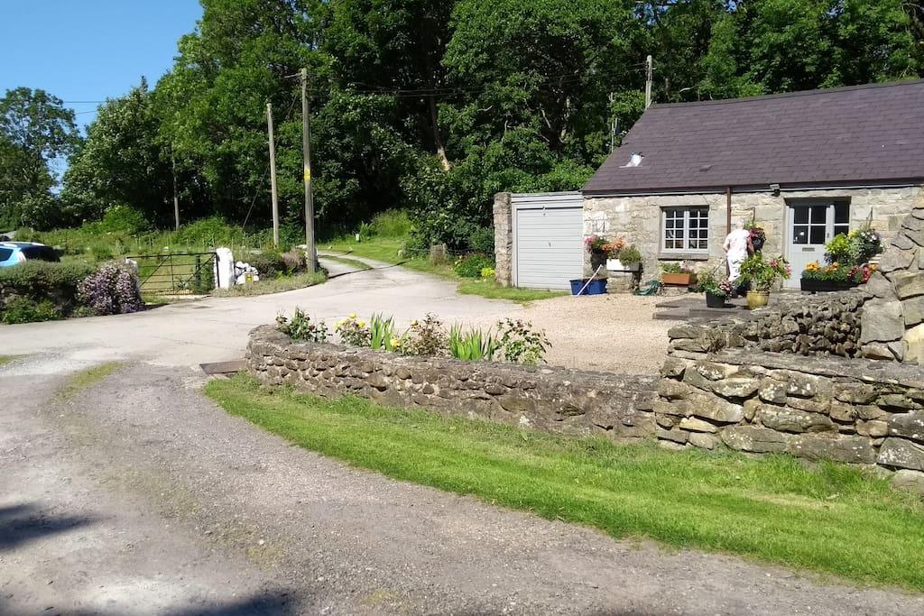 Riverside Cottage at Parc Elernion