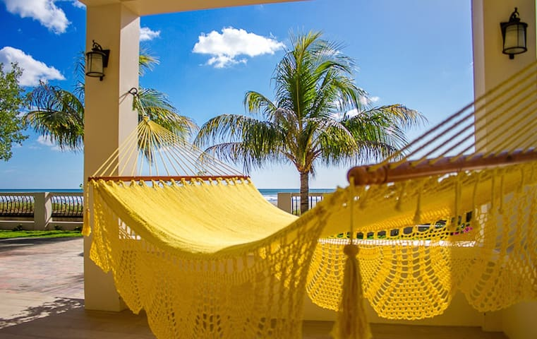 5BR/4 Ola Popoyo Luxury Beachfront