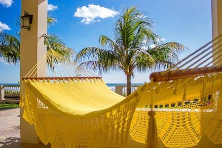 5BR/4 Ola Popoyo Luxury Beachfront