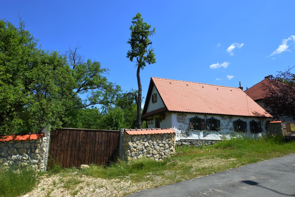 Stone and wood house of maramures transylvania houses for rent in baia sprie jude ul - Houses maramures wood ...