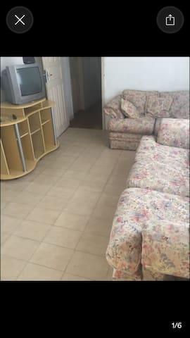 Quarto UFSC/Centro preço ótimo! - Florianópolis - Dom