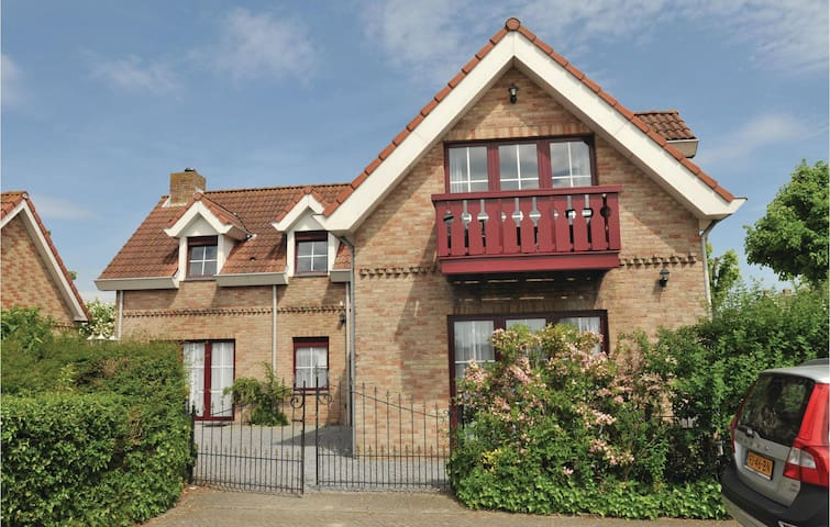 Holiday apartment with 1 bedroom on 49m² in Groede