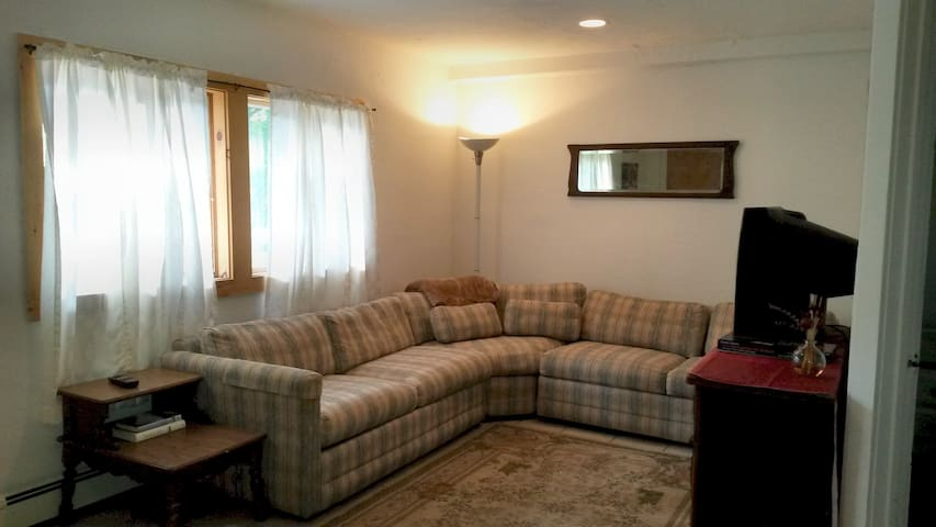 Country Convenient -2bd apt Windham - Windham - Apartment