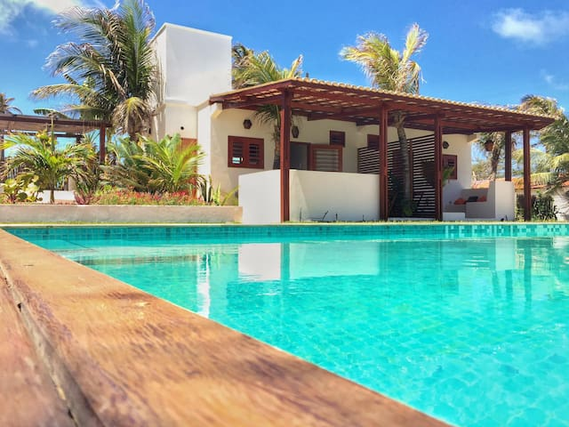 spacious bungalow with private veranda