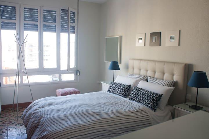 Ruzafa - Valencia - วาเลนเซีย - บ้าน