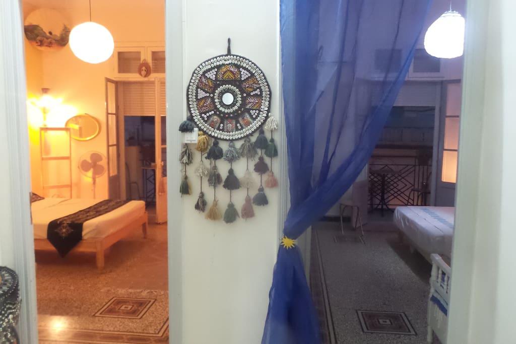 Les 2 chambres... à vous de choisir ... bleu  mer et Sidi bou Said ou jaune désert et Tozeur