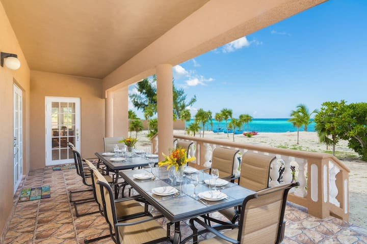 4 Bedroom Beachfront Haven