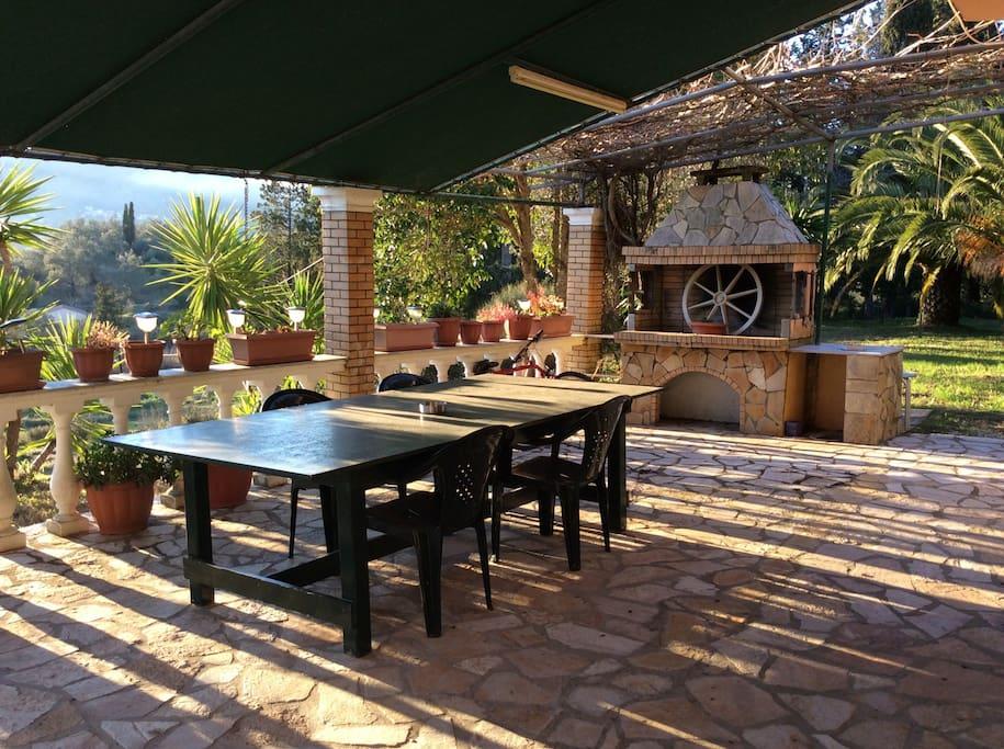 Patio/Barbecue area
