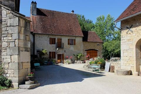 La maison d'Isabelle – Prieuré Saint-Christophe