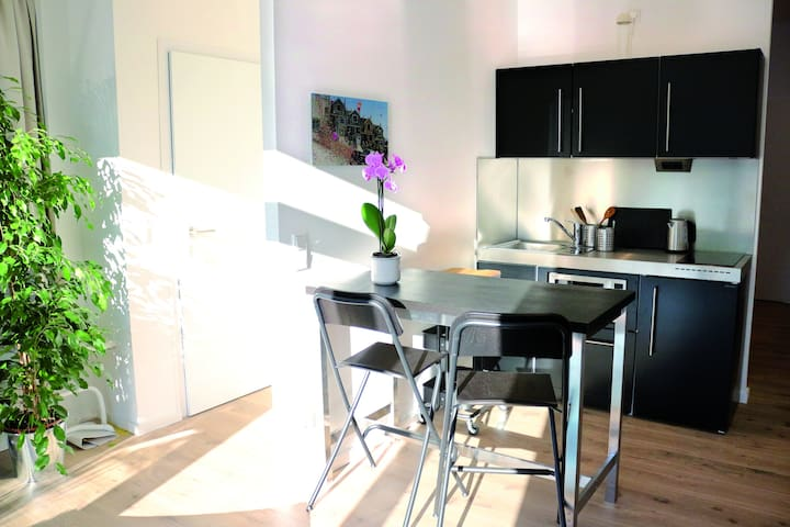 Lichtdurchflutete Wohnung mit Terrasse