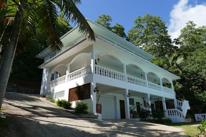 Villa Karibu Seychelles